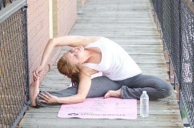腰痛改善のヨガ