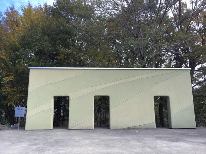 ステージ壁